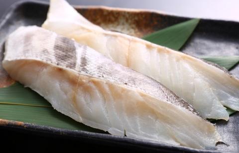 脂肪分の少ない赤身肉や白身魚のイメージ